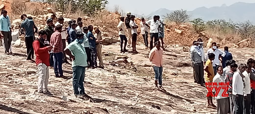 Karnataka: Police personnel at the spot where 6 people were charred to death after gelatin sticks exploded in a quarry site at Hirenagavalli village, Chikkaballapur district, Karnataka on Tuesday 23rd February 2021. #Gallery