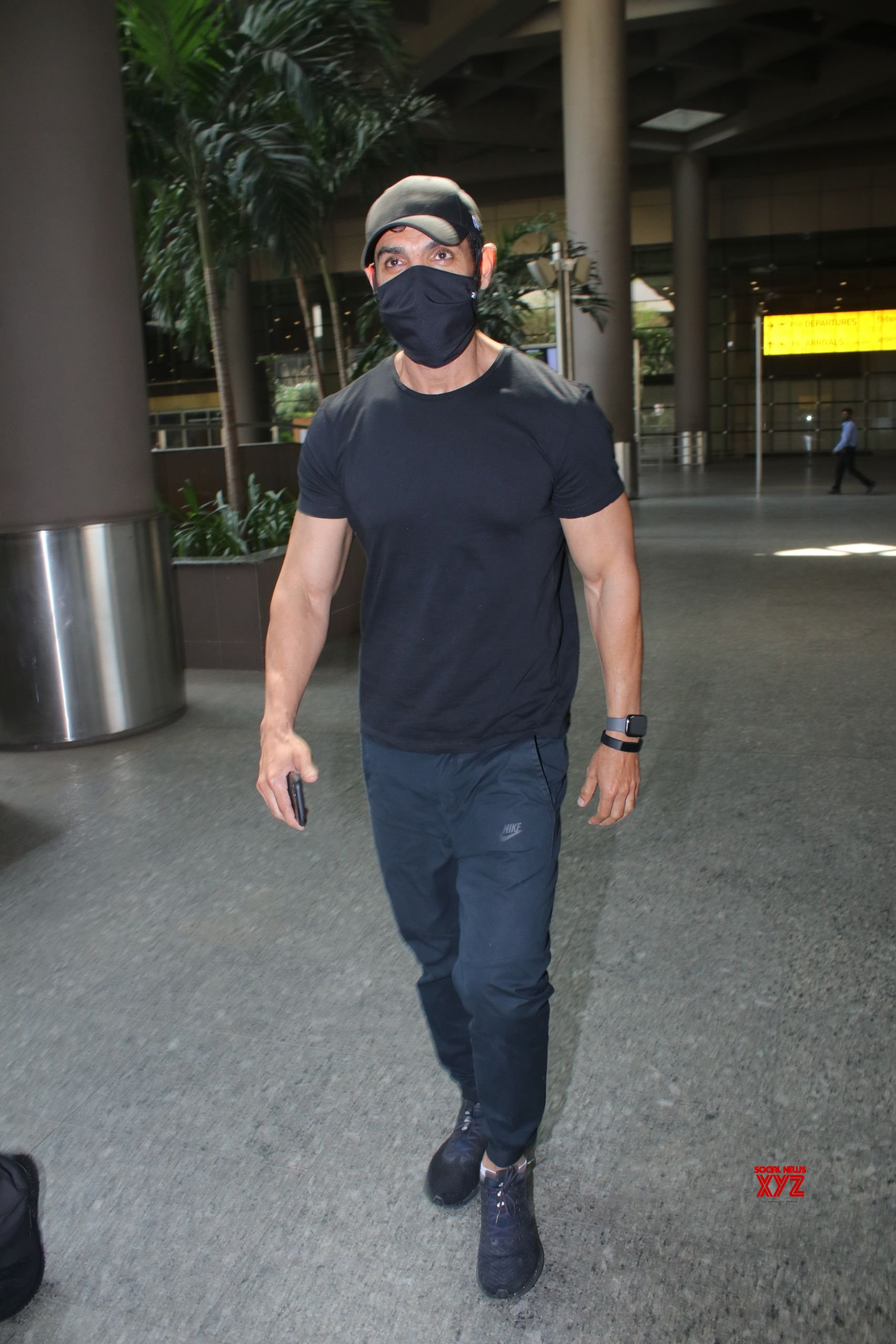John Abraham Spotted At Airport Departure - Gallery
