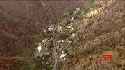 Erdrutsch bei durchnässtem Regen im verbrannten Gebiet von S. Calif.  (Video)