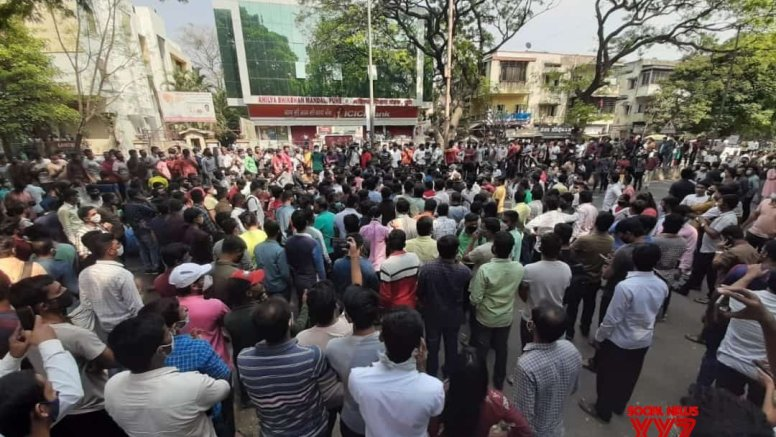 Protests continue in Maha against Covid norms, weekend lockdown