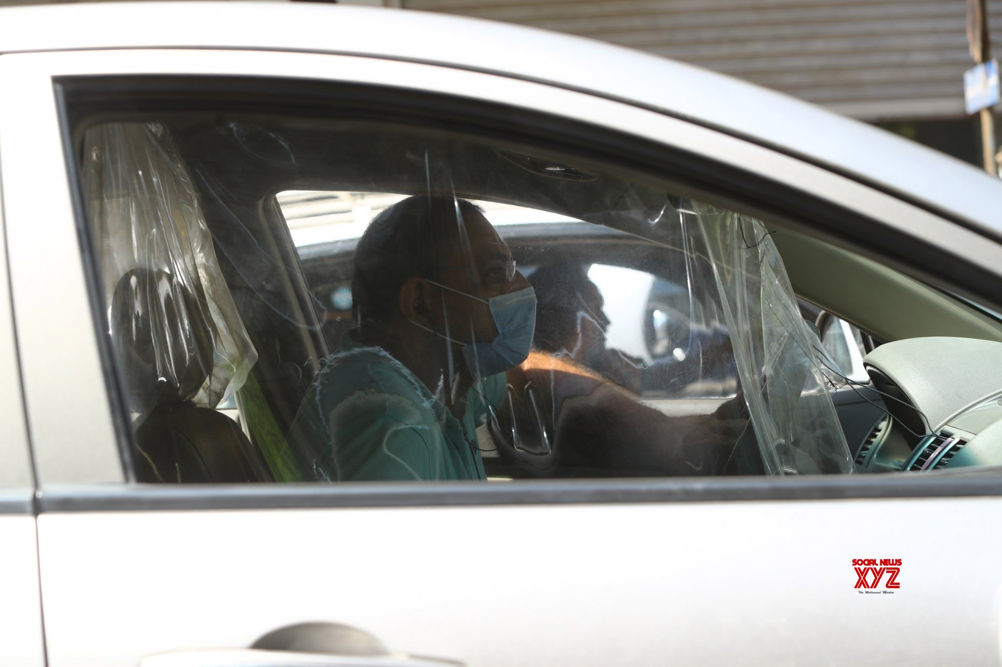 Wearing face mask compulsory in vehicles: Delhi HC