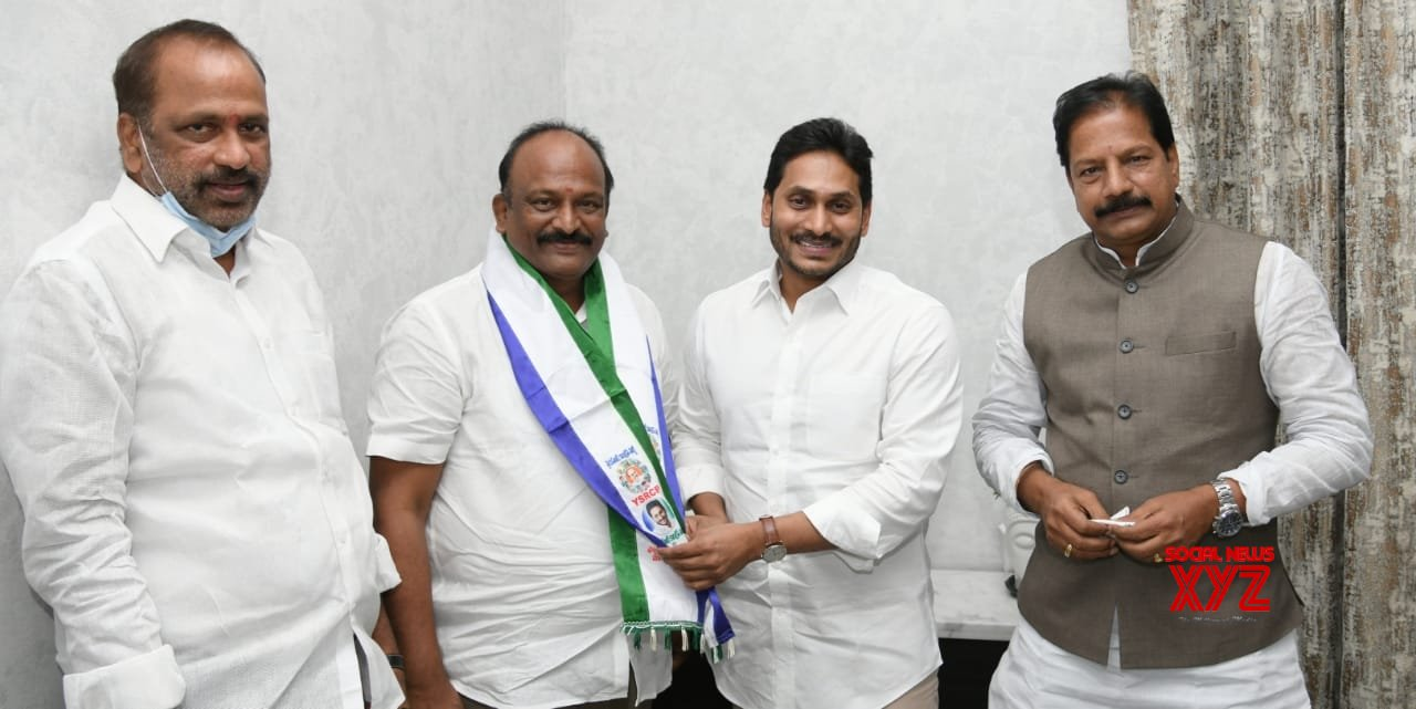 Another TDP leader joins YSRCP in Andhra