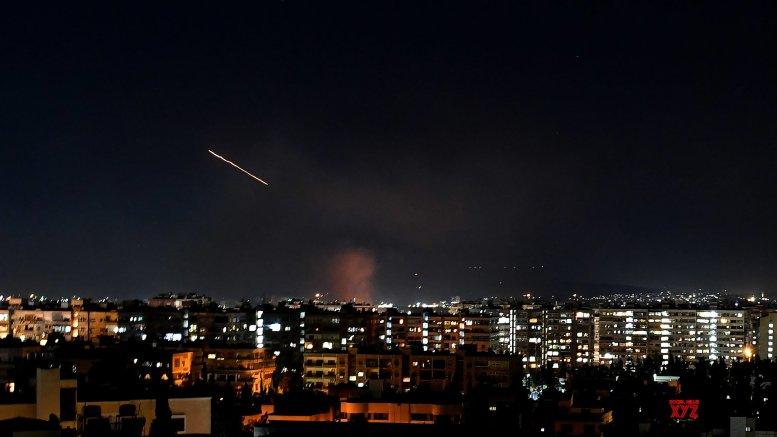 Israel strikes near Damascus injure 4 soldiers