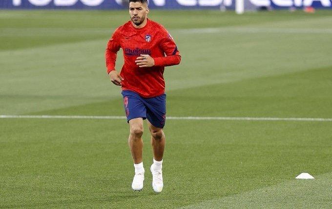 Atletico title hopes take hit as Suarez suffers injury