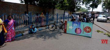 Kolkata: People agitated in front of ESI for not getting COVID vaccine in Kolkata on May 3, 2021.(Photo: Kuntal Chakrabarty/IANS)
