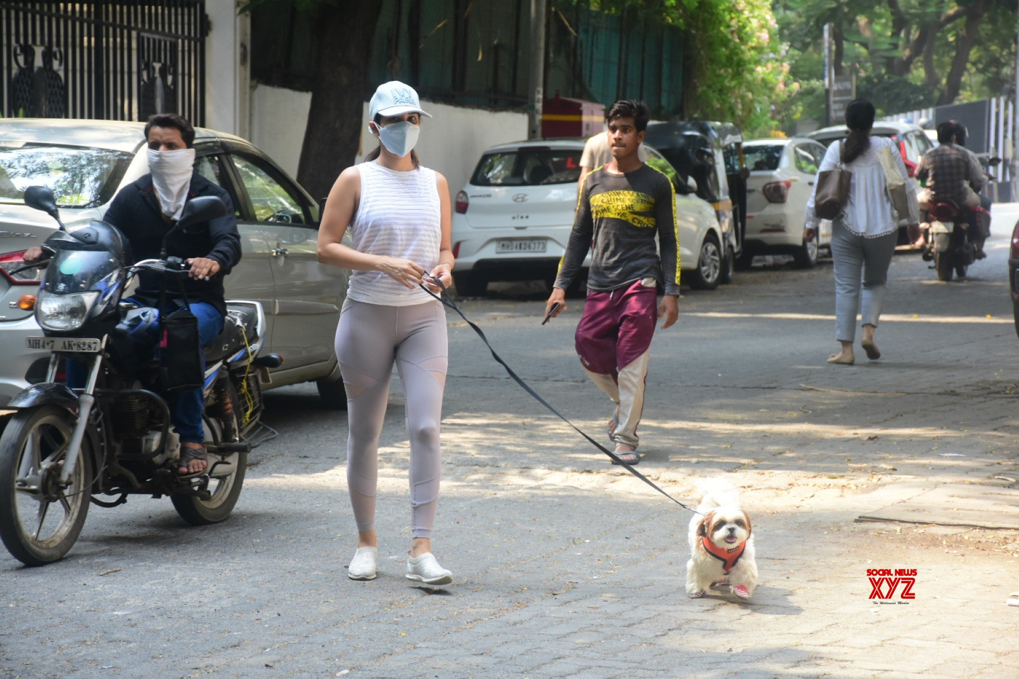 Actress Sophie Choudry Spotted At Bandra - Gallery