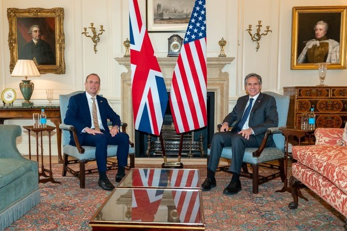 Blinken discusses pandemic, FTA with UK Foreign Minister