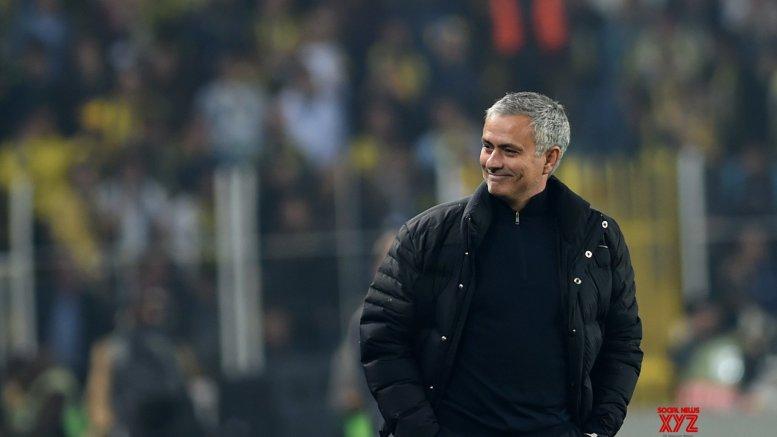 Mourinho to replace Fonseca as Roma coach