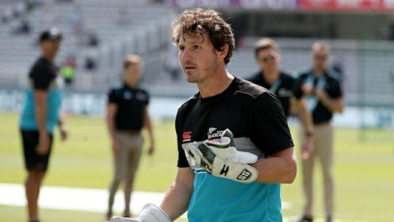 NZ gloveman Watling out of penultimate career Test with sore back