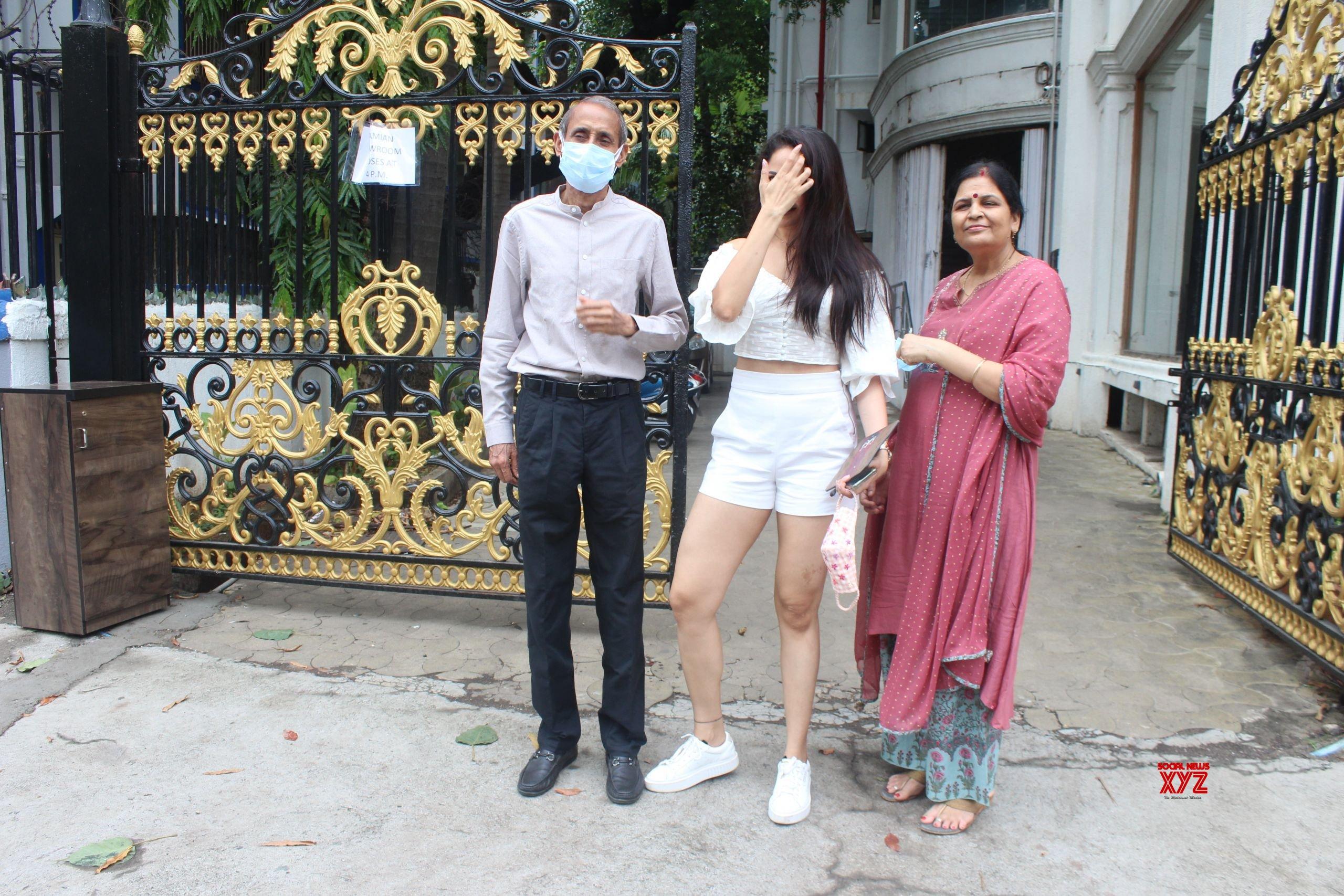 Actress Pragya Jaiswal Spotted Outside Royal China Restaurant Bandra - Gallery