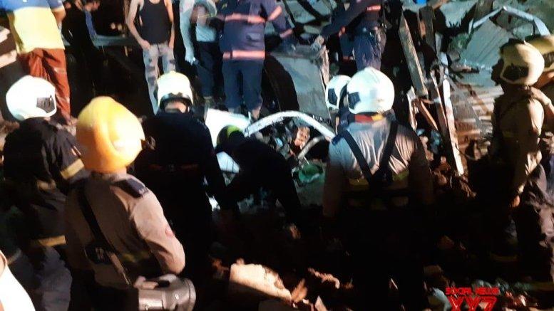 11 killed in Mumbai house collapse