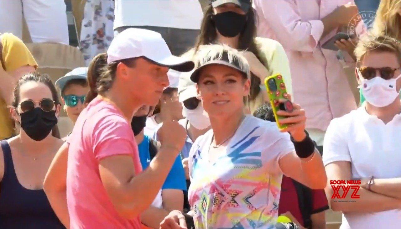 French Open women's doubles final: Barbora-Katerina vs Iga-Bethanie