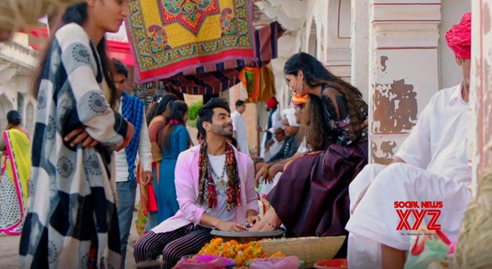Aparshakti Khurana releases Asees Kaur's new song 'Aaya jado da'