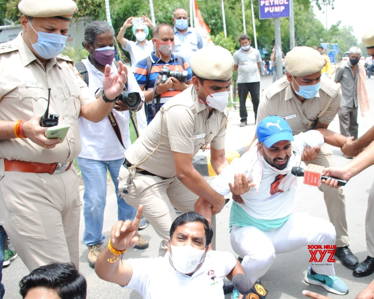 New Delhi: Delhi Pradesh Congress Committee President Ch. Anil Kumar participates in the protest against frequent hikes in the price of petrol and diesel, at all the petrol pumps across Delhi. #Gallery