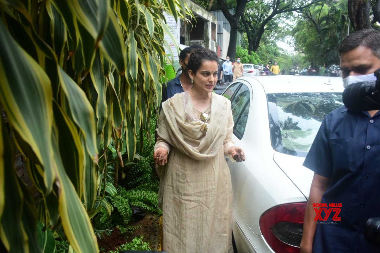 Actress Kangana Ranaut Spotted At Her Office In Bandra - Gallery
