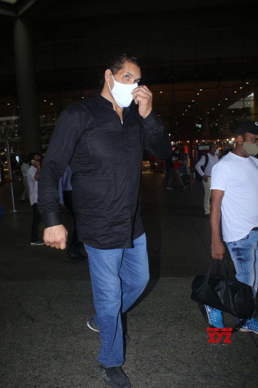 Khali Spotted At Airport Arrival - Gallery