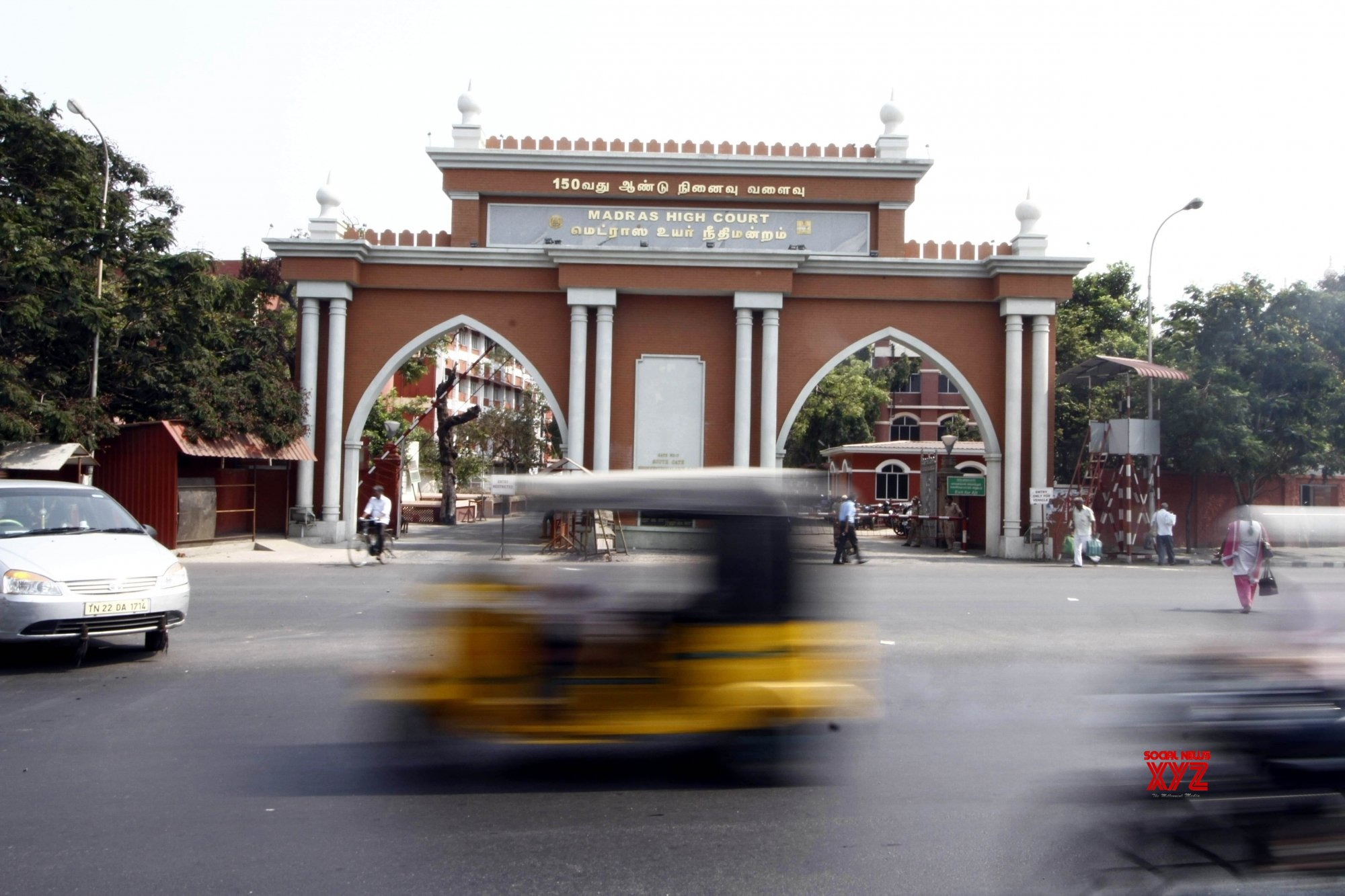 Madras HC prevents state from buying buses that are not disabled-friendly