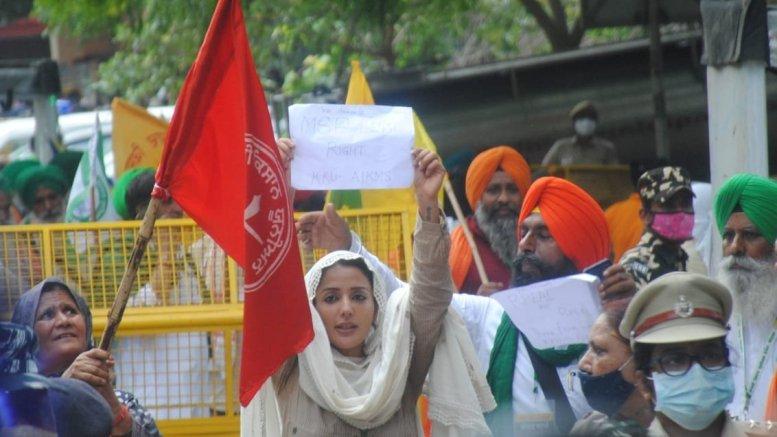 Farmers begin 'Kisan Sansad' at Jantar Mantar