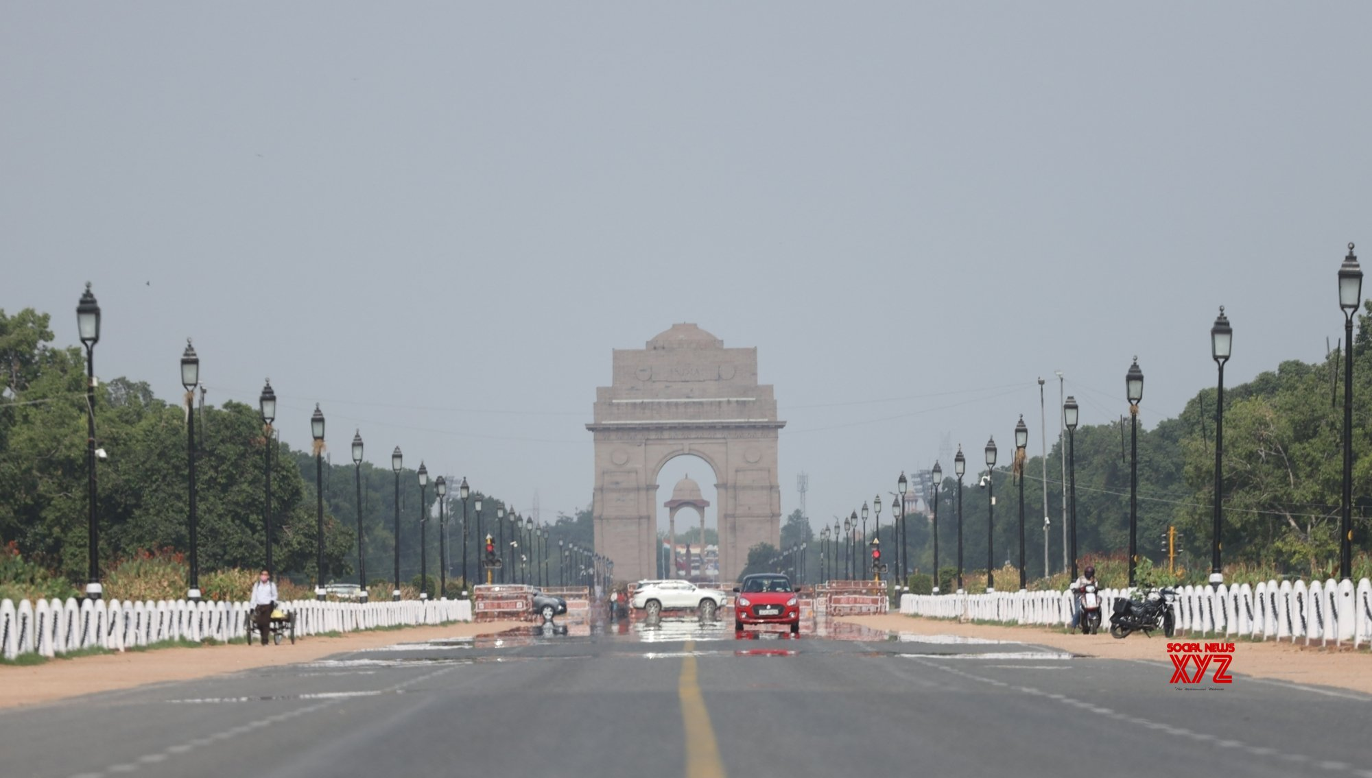 Another day of clear sky in Delhi, air quality moderate