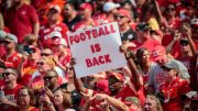 Tuesday Morning Quarterback: NFL returns to packed stadiums (Video)