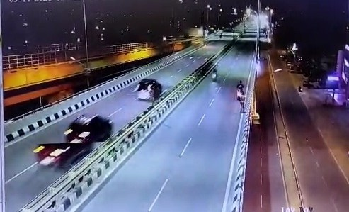 CCTV footage of K'taka flyover accident emerges, car driver suspected of using drugs