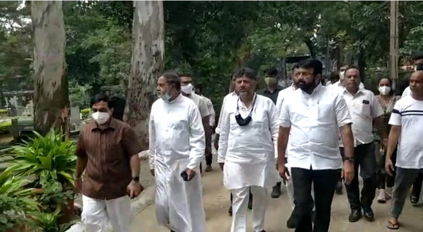 Oscar Fernandes' mortal remains brought to Bengaluru, Rahul to attend funeral