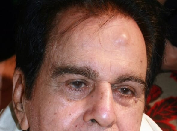 Dilip Kumar's Twitter account to shut down, fans disappointed