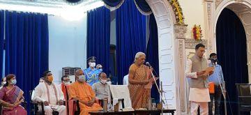 Jitin Prasada being sworn in