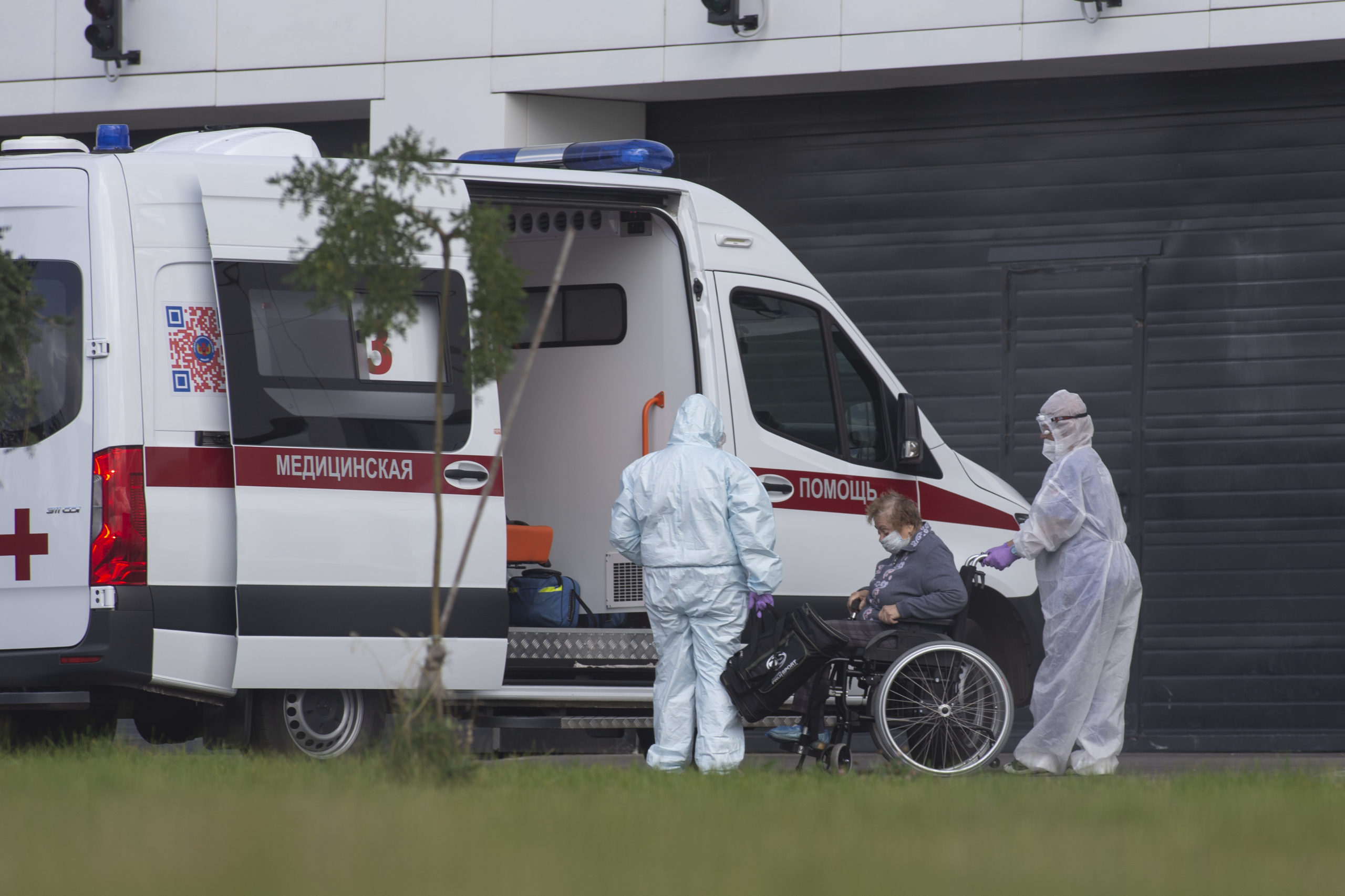Russia confirms 28,717 daily Covid infections