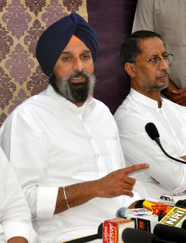 Amritsar:Shiromani Akali Dal General Secretary Bikram Singh Majithia addresses a press conference in Amritsar #Gallery