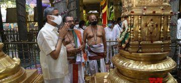 Hyderabad : Chief justice of India NV Ramana offered prayer to Tirumala Tirupathi temple on Thursday October 14,2021. (Photo:snapsIndia IANS)