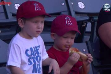 Anaheim-Kid-Struggles-Hot-Dog