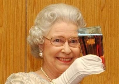 Queen drinking 1