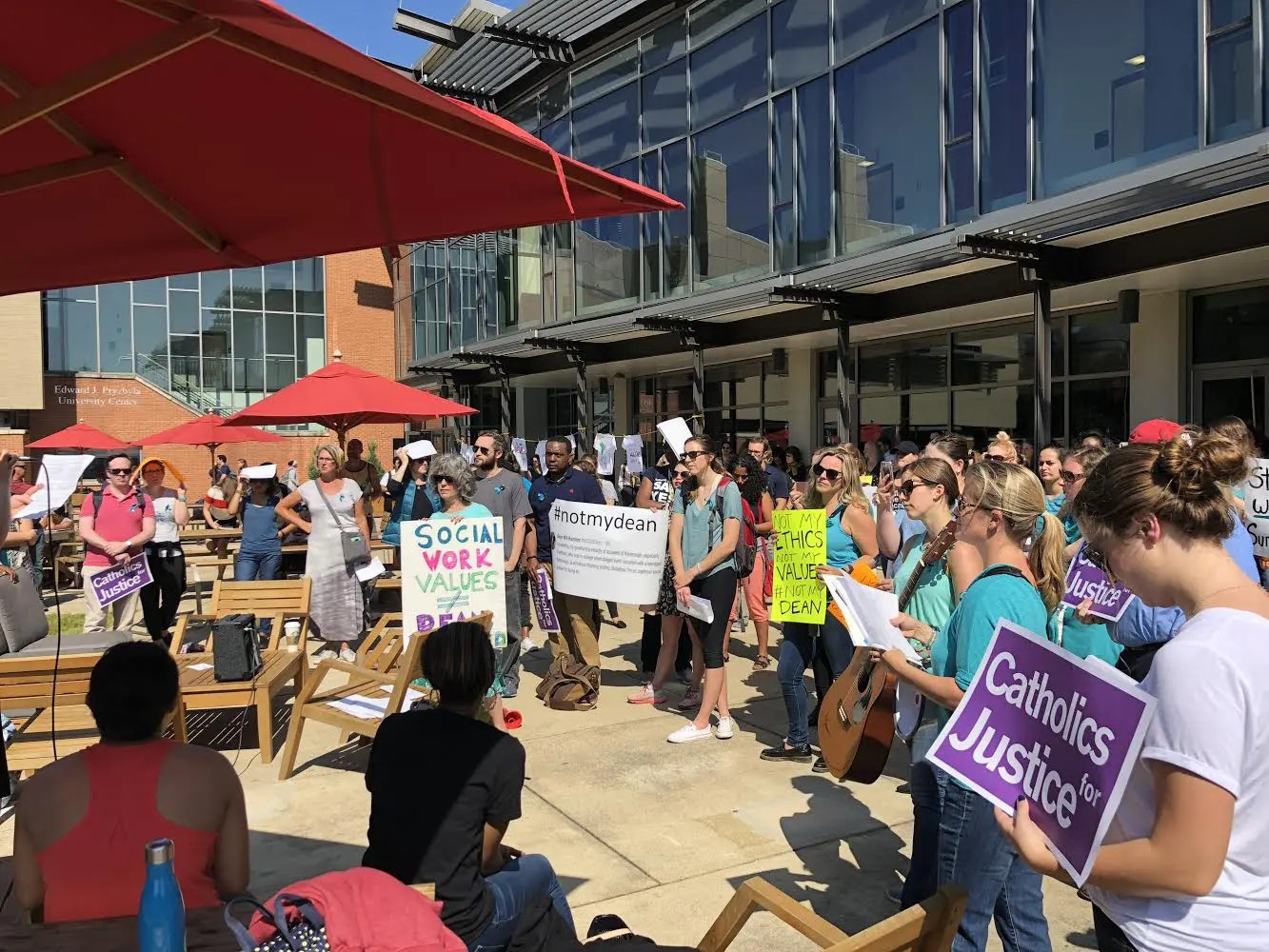 Students and Alumni Call for Social Work Dean's Dismissal