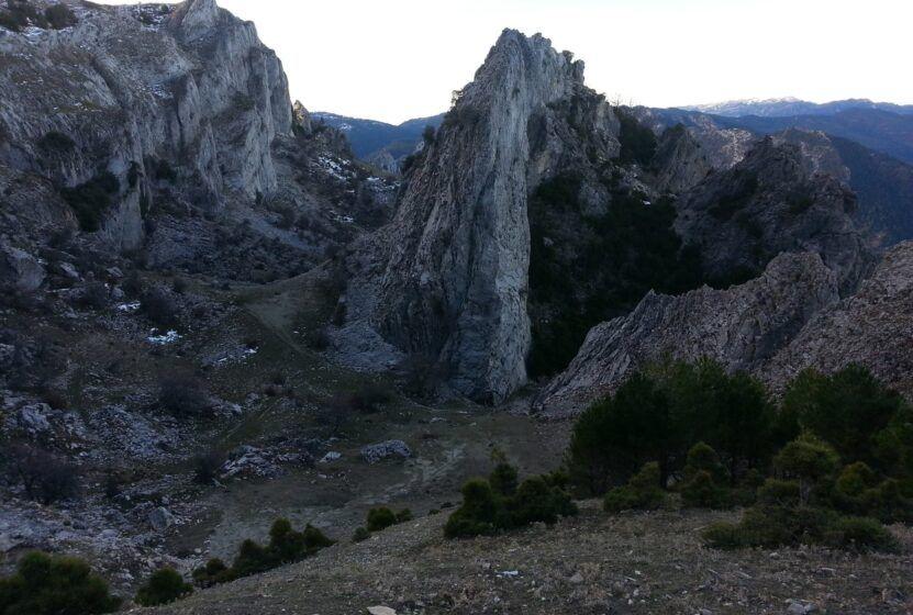 SUBIDA AL PICO BANDERILLAS, SIERRAS DE CAZORLA Y SEGURA. 24 Y 25 DE OCTUBRE