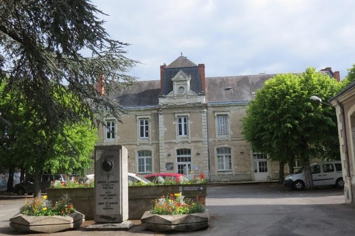 Le bâtiment qui abrite la Société des Sciences.
