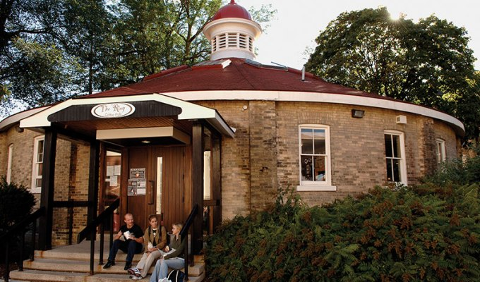Whether it be to eat or just hang out, The Bullring at University of Guelph is one of the coolest hang outs on campus. Here is why you need to go.