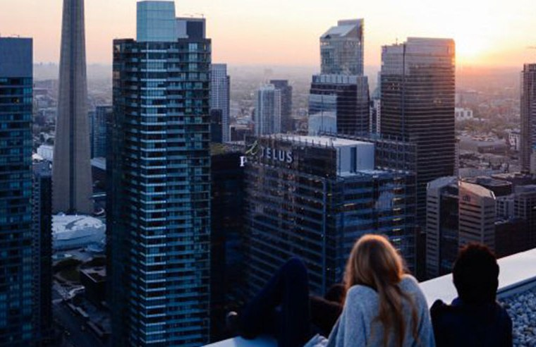 You're crying, wondering if the pain will ever go away. You want to escape. But where? Here's a few reasons to move to Toronto after a heart break.