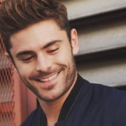 Zach Efron has been my long-time celebrity crush. Here is a list of all the reasons why I adore this absolute hunk of a man!