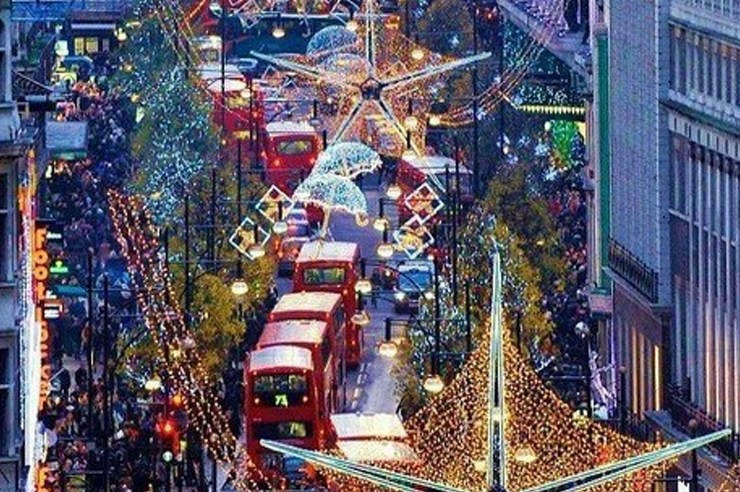 The best places to visit at Christmas are in the UK! If you're sick of Hyde Park or the Manchester Christmas market, check out these festive spots!
