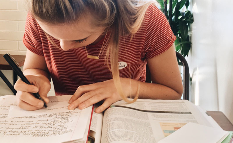 Have you ever wondered what a uni student's day looks like? Well, here's what a typical day of a student at Cardiff Metropolitan University is all about.