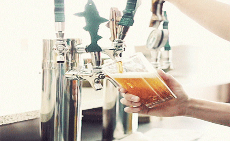 Here are the best places to grab craft beers in Southampton. Southampton bars are awesome for grabbing craft beers. Here are a few spots in Southampton.