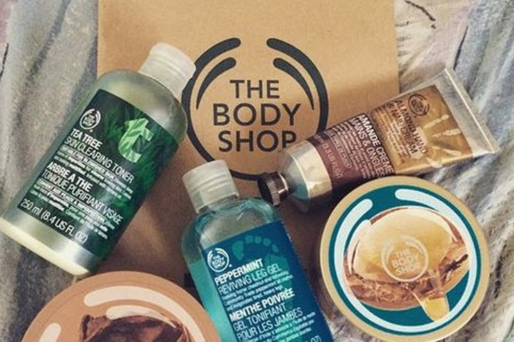 Check out some of the best body shop products that focus on the face, general skin care, and more! Do some online shopping after hearings these reviews!