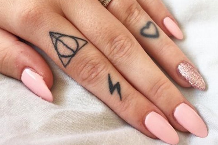 If you're a fan of tattoos, then these cute finger tattoos for women are the best ideas you'll see today! They're perfect for your ring finger, and even small enough to be covered by your rings!