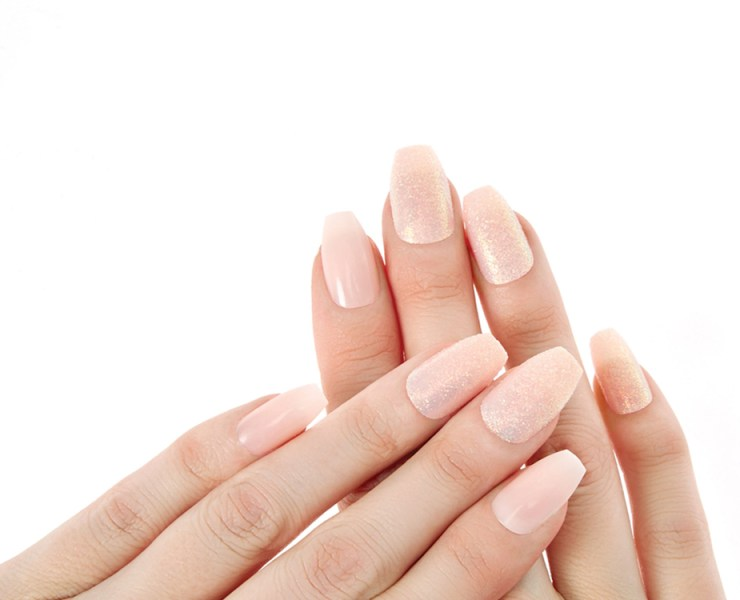 Are you constantly struggling with nail breakage? We've rounded up tips on how to get stronger nails! Whether it is by taking healthy supplements or steering clear of harsh chemicals, we've got it covered!