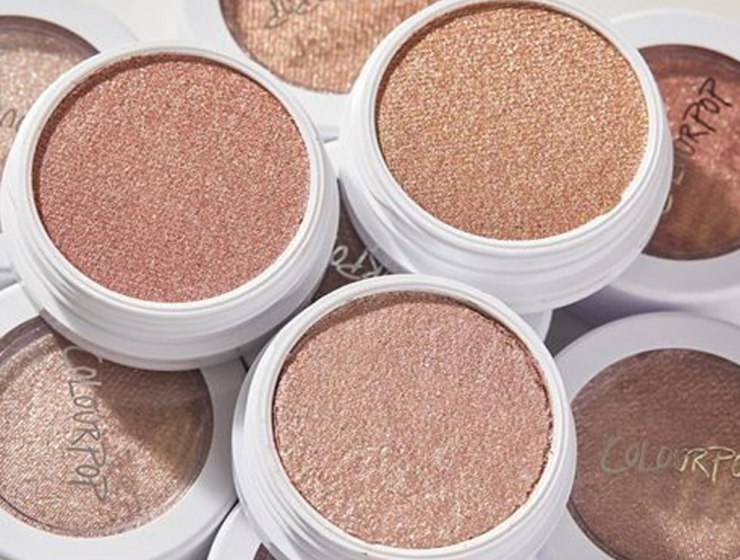 If you're looking for some of the best budget makeup on the market, then these are our top choices! These beauty products are affordable, quality, and a majority can be found at your local drugstore!