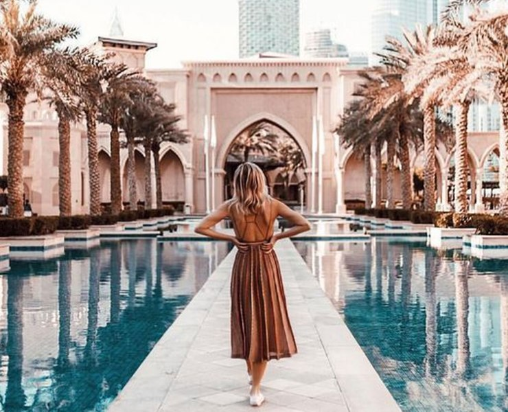 These travel experts know how to create the best wanderlust envy. So if you need any travel inspo or just want to make your Instagram feed a bit more interesting, here are the best travel Instagrams that you should be following.
