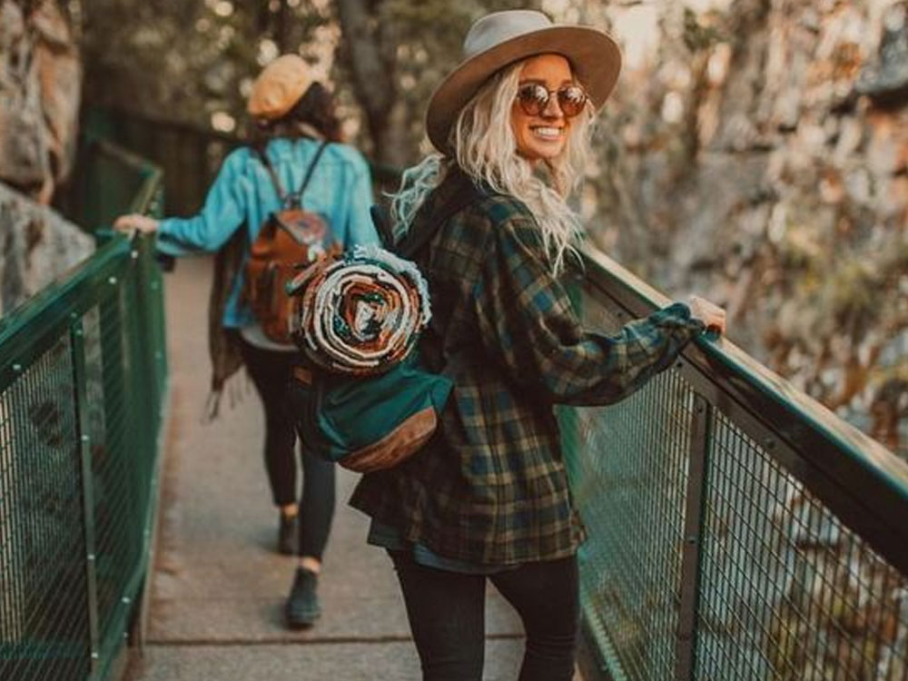 Trying to find cute camping clothes that are still practical to wear on your next adventure? Look no further! Here are our best pics to put together a cute camping outfit!