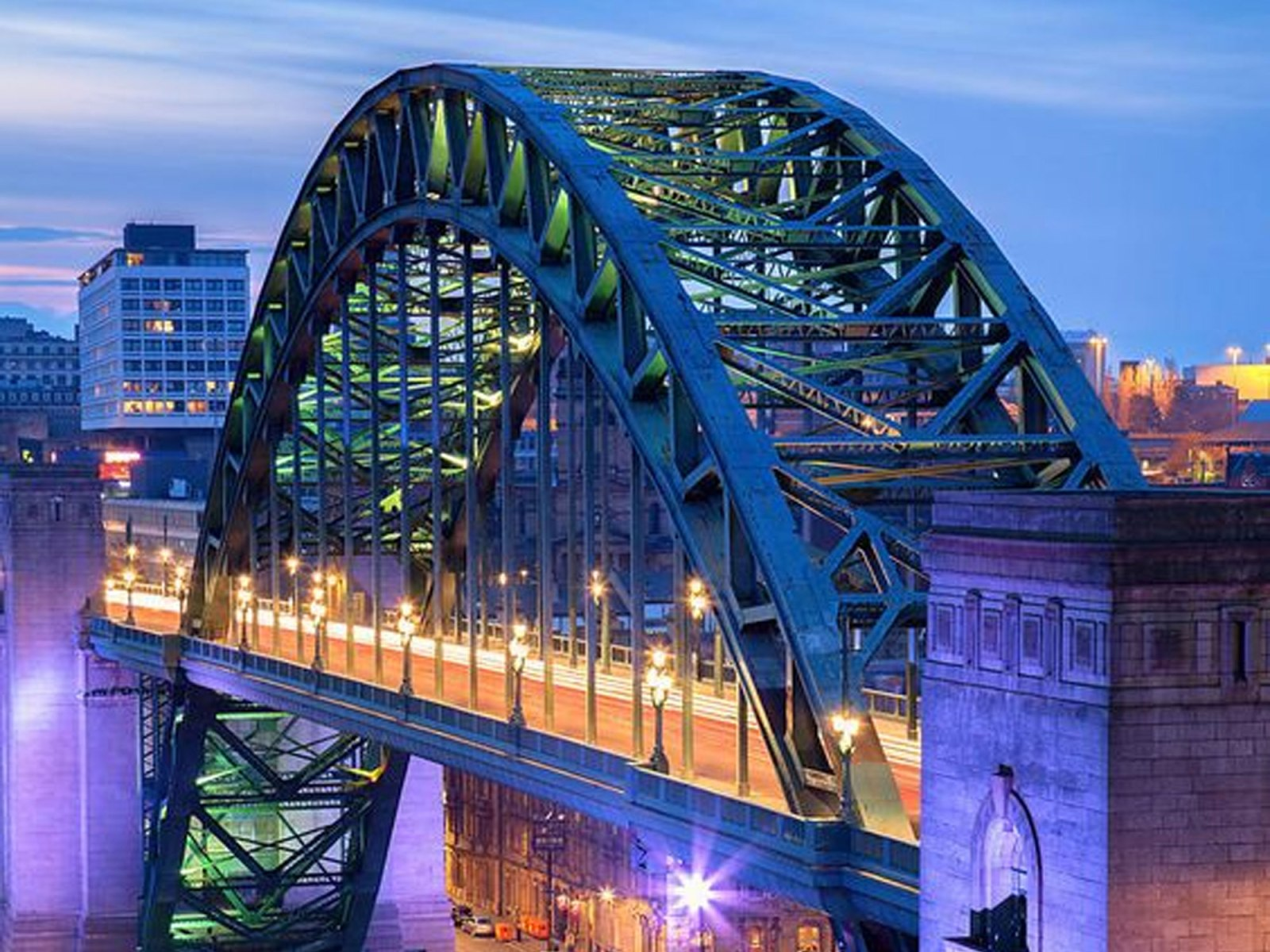 We all deserve a weekend away sometimes (all the time IMO), and what better place to spend it than in themost famous city in the North East. Here are 10 cozy getaways Newcastle has to offer that you need to check out.