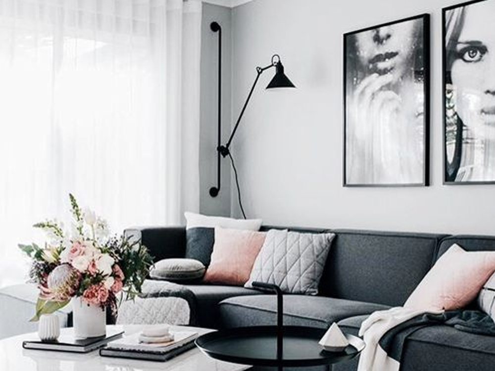 There is nothing like spring cleaning and revamping your flat with new design ideas! Take a peak at these spring apartment decor looks to give a little something extra to your space.